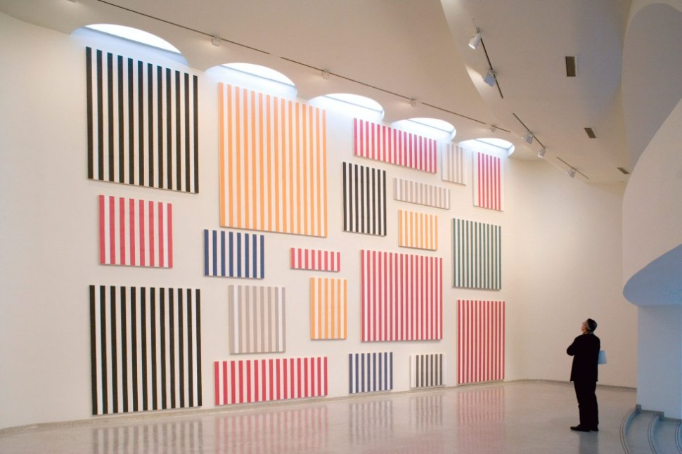 Daniel Buren, Wall of Paintings